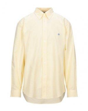 Pубашка BROOKS BROTHERS. Цвет: желтый