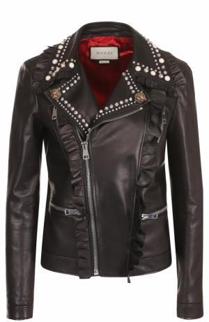 Кожаная куртка с косой молнией и декоративной отделкой Gucci. Цвет: черный
