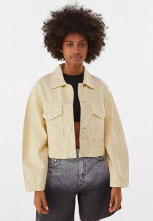 Куртка джинсовая Bershka. Цвет: бежевый