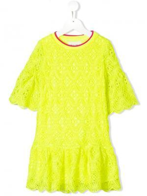 Кружевное платье с оборкой Alberta Ferretti Kids. Цвет: желтый