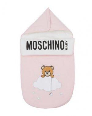 Детский конверт MOSCHINO KID. Цвет: розовый