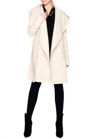 Пальто Peperuna. Цвет: бежевый