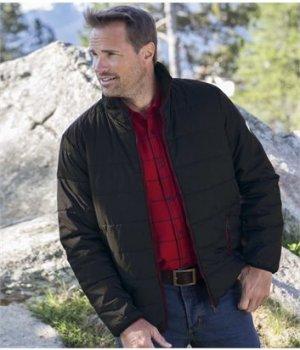 Утепленная Куртка Atlas For Men. Цвет: черный