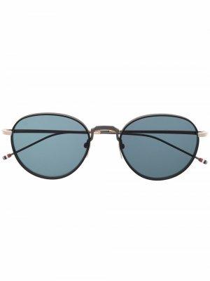 Солнцезащитные очки TB119 в круглой оправе Thom Browne Eyewear. Цвет: черный