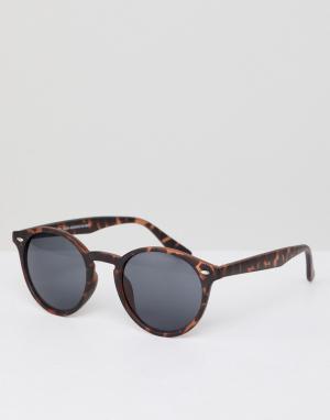 Круглые солнцезащитные очки в коричневой черепаховой оправе New Look. Цвет: коричневый
