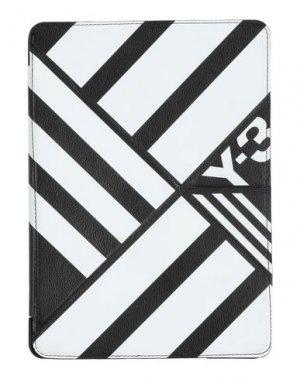Чехол Y-3. Цвет: черный