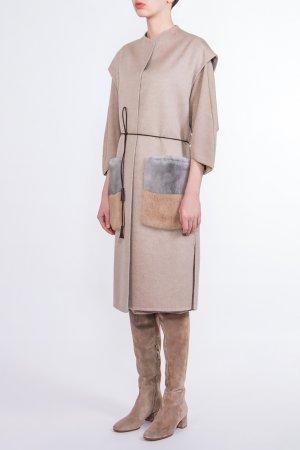 Бежевое пальто с меховой отделкой BILANCIONI. Цвет: бежевый
