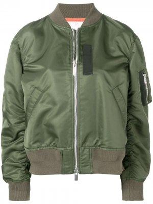 Куртка-бомбер с карманом на рукаве Sacai. Цвет: зеленый