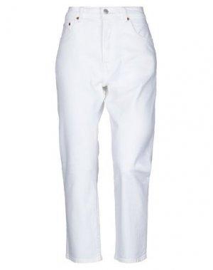 Джинсовые брюки-капри LEVI' S. Цвет: белый