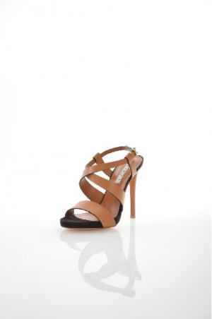 Босоножки Tiffi. Цвет: коричневый