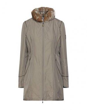 Легкое пальто GEOSPIRIT. Цвет: зеленый-милитари