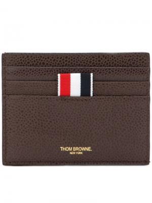 Визитница с логотипом Thom Browne. Цвет: коричневый