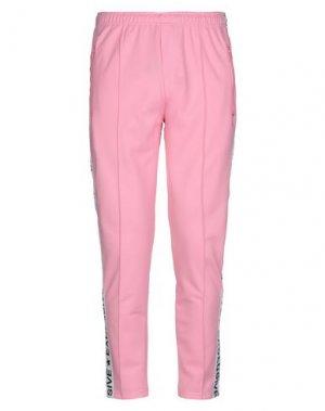 Повседневные брюки EXCLUSIVE. Цвет: розовый