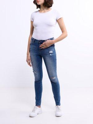 Рваные джинсы Korpo Two. Цвет: siniy