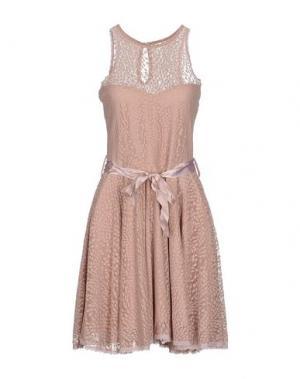 Короткое платье FIFILLES. Цвет: телесный