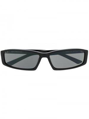 Солнцезащитные очки Neo в квадратной оправе Balenciaga Eyewear. Цвет: черный