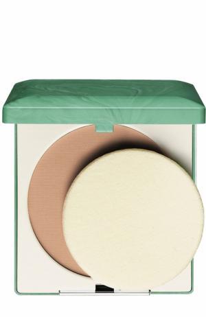 Компактная пудра для жирной кожи, оттенок 02 Clinique. Цвет: бесцветный