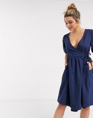 Темно-синее джинсовое платье с запахом -Синий Monki