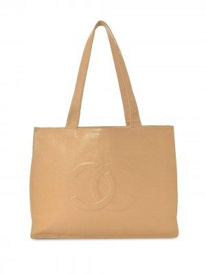Сумка-тоут с вышитым логотипом CC Chanel Pre-Owned. Цвет: нейтральные цвета