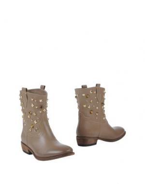 Полусапоги и высокие ботинки ANNARITA N. Цвет: хаки