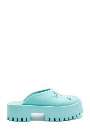Голубые резиновые сабо Gucci. Цвет: голубой