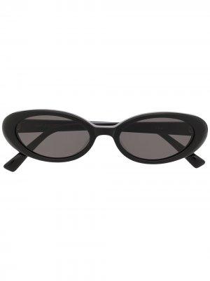 Солнцезащитные очки Dua 01 в овальной оправе Gentle Monster. Цвет: черный