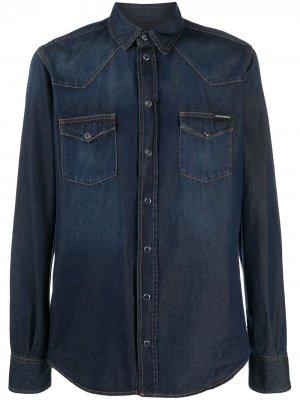 Джинсовая рубашка с эффектом потертости Dolce & Gabbana. Цвет: синий