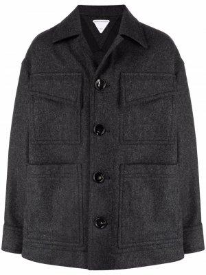 Шерстяное пальто строгого кроя Bottega Veneta. Цвет: серый