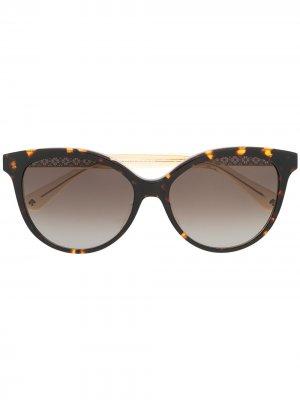 Солнцезащитные очки Kinsley в оправе кошачий глаз Kate Spade. Цвет: коричневый