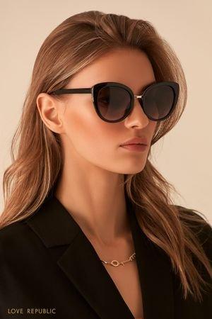 Тёмные очки с металлической вставкой LOVE REPUBLIC