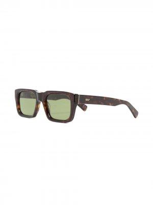 Солнцезащитные очки Augusto в квадратной оправе Retrosuperfuture. Цвет: коричневый