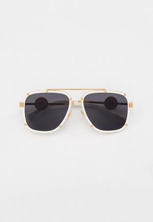 Очки солнцезащитные Versace VE2233 147187. Цвет: белый