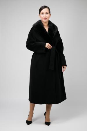 Пальто с меховым воротником на большой размер Teresa Tardia. Цвет: черный