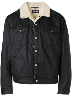 Джинсовая куртка с подкладной из овчины Just Cavalli. Цвет: черный