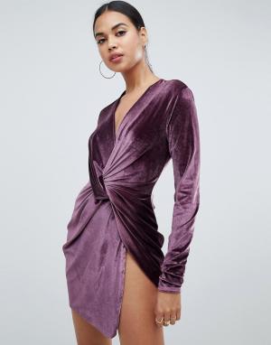 Бархатное платье с длинными рукавами Club L
