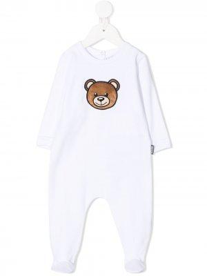 Пижама с нашивкой Teddy Bear Moschino Kids. Цвет: белый