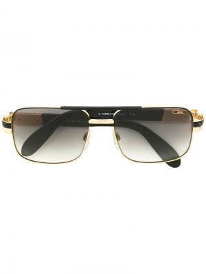 Квадратные солнцезащитные очки Cazal. Цвет: черный