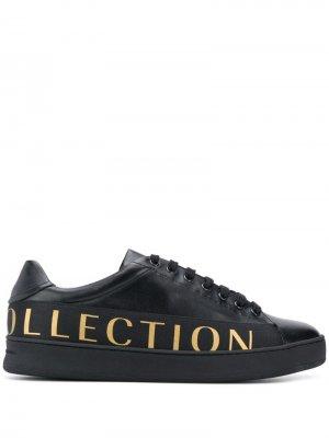 Кеды на шнуровке с логотипом Versace Collection. Цвет: черный