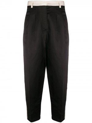 Двухцветные брюки с лампасами 8pm. Цвет: зеленый