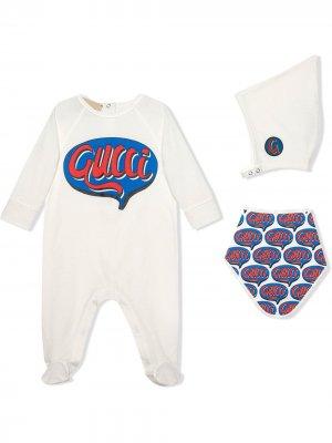 Подарочный комплект для новорожденного с принтом Comics Gucci Kids. Цвет: белый