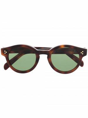 Солнцезащитные очки в круглой оправе Epos. Цвет: коричневый