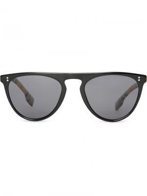 Солнцезащитные очки в D-образной оправе клетку Vintage Check Burberry Eyewear. Цвет: черный