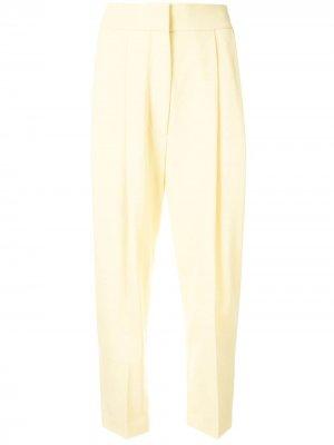 Зауженные брюки со складками Petar Petrov. Цвет: желтый