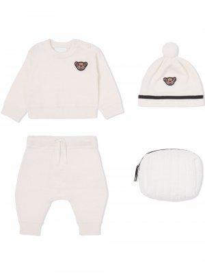 Подарочный комплект Thomas Bear для новорожденного Burberry Kids. Цвет: белый