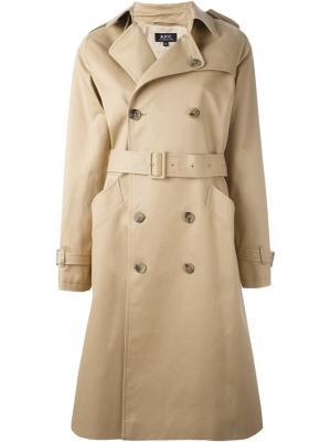 Пальто Greta A.P.C.. Цвет: бежевый