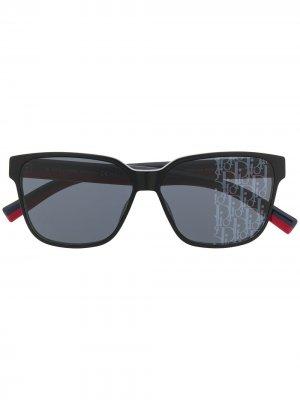 Солнцезащитные очки в квадратной оправе Dior Eyewear. Цвет: черный