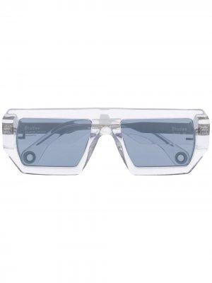 Солнцезащитные очки Sauvage в квадратной оправе Etudes. Цвет: нейтральные цвета