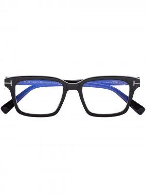 Очки Blue Block в квадратной оправе TOM FORD Eyewear. Цвет: черный