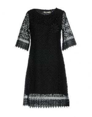 Короткое платье DARLING London. Цвет: черный