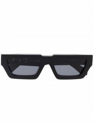 Солнцезащитные очки Manchester Off-White. Цвет: черный